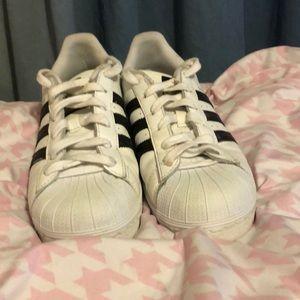 Unisex adidas superstars with shelled toe